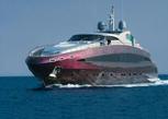 Yacht verniciato e protetto con vernici all'acqua per legno Plack