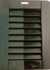 Ripristino effettuato su persiana verniciata a smalto, con ritonificante ceroso all'acqua Plack